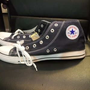 Converse Navy Blue size 12